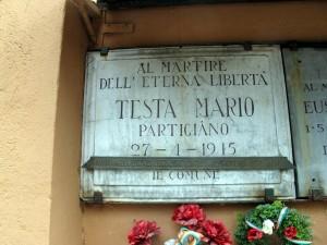 Lapide dedicata a Mario Testa (1927 - 1945)