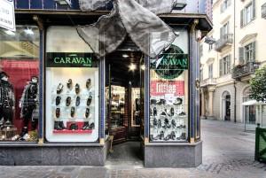 Caravan Company, abbigliamento, particolare della devanture, 2017 © Archivio Storico della Città di Torino