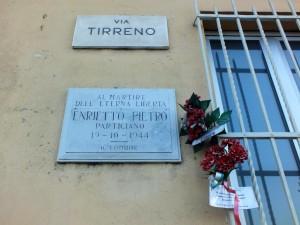 Lapide in memoria di Pietro Enrietto in via Tirreno 219. Fotografia di Paola Boccalatte, 2014. © MuseoTorino