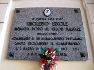 Lapide dedicata a Chiolerio Ercole Giuseppe (1928 - 1945)