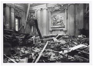 Via Giovanni Giolitti (già Via Mario Gioda 26), Palazzo delle Corporazioni. Effetti prodotti dai bombardamenti dell'incursione aerea dell'8 dicembre 1942. UPA 2656_9C04-18. © Archivio Storico della Città di Torino