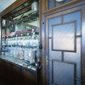 Confetteria Pasticceria Pfatisch, particolare interno, 1998 © Regione Piemonte
