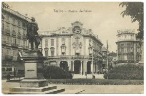 Piazza Solferino. © Archivio Storico della Città di Torino