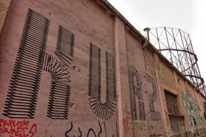 Artisti vari, murale senza titolo, 2013, corsi Belgio/Farini. Fotografia di Roberto Cortese, 2017 © Archivio Storico della Città di Torino