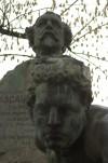 Busto di Ascanio Sobrero, particolare. Fotografia di Giuseppe Caiafa, 2011