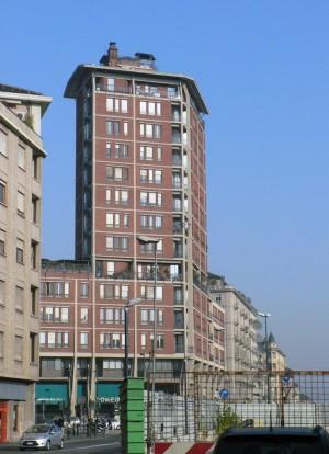 Bbpr, edificio per uffici e abitazioni, 1959. Fronte principale visto da corso Inghilterra. Fotografia di Davide Rolfo, 2012. © MuseoTorino