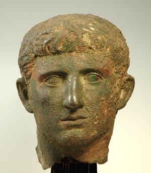 Testa-ritratto. © Soprintendenza per i Beni Archeologici del Piemonte e del Museo Antichità Egizie