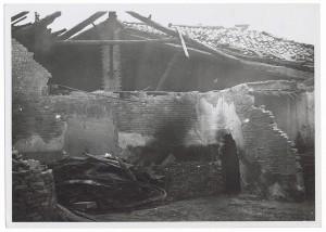Archivio di Stato, Via Santa Chiara. Effetti prodotti dai bombardamenti dell'incursione aerea dell'8 dicembre 1942.  UPA 2726D_9C05-45. © Archivio Storico della Città di Torino