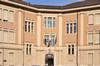 La Scuola elementare statale Giuseppe Allievo (facciata). Fotografia di Mauro Raffini, 2010. © MuseoTorino.