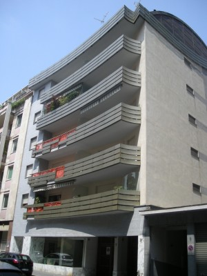 Edificio di civile abitazione in via Sebastiano Caboto 16