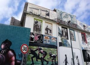 Artisti vari, senza titolo, dettaglio dei murales, 2013, giardini di via Verolengo. Fotografia di Roberto Cortese, 2017 © Archivio Storico della Città di Torino