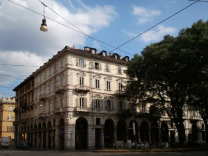 Edificio di civile abitazione in corso Vinzaglio 1