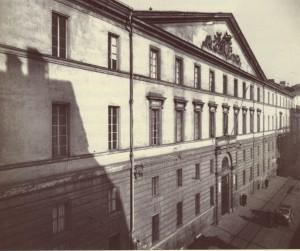 Accademia Albertina, veduta della facciata. Fotografia di Augusto Pedrini, 1950 ca.