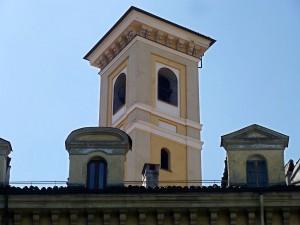 Chiesa dello Spirito Santo, campanile, da piazza IV marzo. Fotografia di Fabrizio Diciotti, 2012