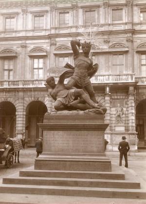 Pelagio Palagi, Monumento al Conte Verde. Fotografia di Mario Gabinio, 5 novembre 1923. © Fondazione Torino Musei - Archivio fotografico.