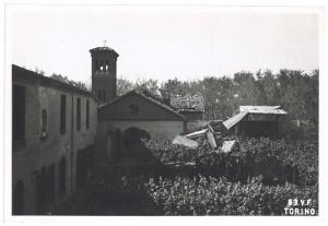 Corso Casale 42, Chiesa Nostra Signora del Suffragio (Cappuccine). Effetti prodotti dai bombardamenti dell' incursione aerea dell' 8 agosto 1943. UPA 3851_9E02-59. © Archivio Storico della Città di Torino/Archivio Storico Vigili del Fuoco