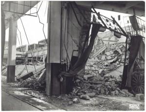 FIAT Autocentro - Stabilimento di Mirafiori. Effetti prodotti dal bombardamento dell'incursione aerea del 20-21 novembre 1942. UPA 2202_9B06-28. © Archivio Storico della Città di Torino