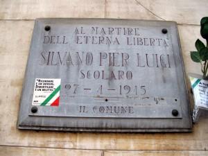 Lapide dedicata a Pierluigi Silvano (1936 -1945)