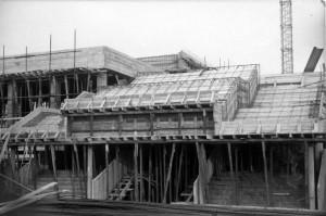 La scuola elementare Franca Mazzarello in costruzione, anni Settanta. © Archivio della scuola Franca Mazzarello