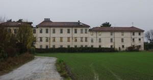 Veduta da Est di villa Cristina. Fotografia di Edoardo Vigo, 2012.
