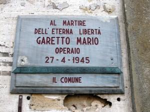 Lapide dedicata a Mario Garetto (1917 - 1945)