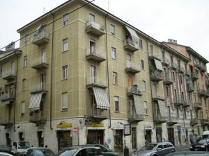 Edificio di civile abitazione Via Livorno 9