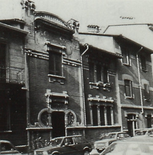 Due edifici di civile abitazione