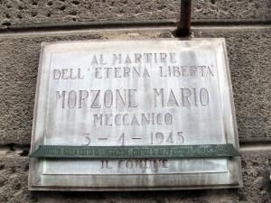 Lapide dedicata a Mario Morzone (1913 - 1945)