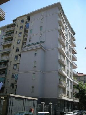 Edificio di civile abitazione in via Amerigo Vespucci 28