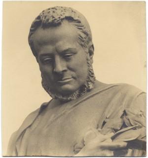 Monumento a Camillo Benso conte di Cavour, particolare. Fotografia di Giancarlo Dall'Armi, 1911-1928. © Archivio Storico della Città di Torino