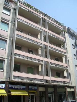 Edificio di civile abitazione in via Sebastiano Caboto 18