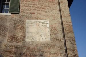 Orologio solare, Chiesa della Visitazione della Maria Vergine e di San Barnaba