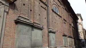 Le mura esterne della chiesa dei Santi Martiri. Fotografia di Paolo Mussat Sartor e Paolo Pellion di Persano, 2010. © MuseoTorino