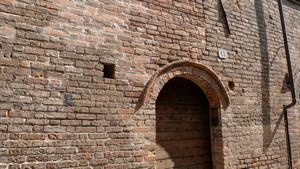 Casa Broglia (già Albergo della Corona Grossa, particolare, 4). Fotografia di Plinio Martelli, 2010. © MuseoTorino.