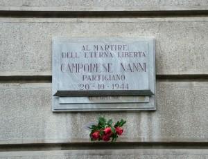 Lapide dedicata al partigiano Nanni Camporese in corso Tassoni 37. Fotografia di Paola Boccalatte, 2013. © MuseoTorino