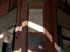 Lapide dedicata a Alasonatti, Casana, Castellaneta, Di Costanzo, Gardoncini, Marangoni, Scaglia, due partigiani francesi non identificati