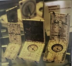 Orologi solari in avorio (inv. 61AV, 59AV, 60AV), Museo d'Arte Antica in Palazzo Madama, riproduzione da libro, 2008, p. 38