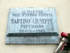 Lapide dedicata a Giuseppe Martino (1895 - 1945)