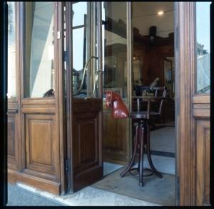 Stile Liberty, parrucchiere, seggiolone per bambini, 1998 © Regione Piemonte