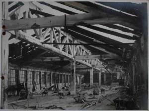 Veduta dello stabilimento danneggiato dai bombardamenti durante la Seconda Guerra Mondiale.