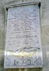 Lapide commemorativa dell'assedio francese alla Cittadella di Torino del 1706 voluta dal Museo Pietro Micca e dell'Assedio di Torino del 1706. Fotografia di Silvia Bertelli.
