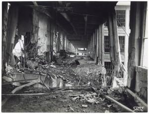 Via Nizza. Stabilimento FIAT Lingotto. Effetti prodotti dai bombardamenti dell'incursione aerea del 30 novembre 1942. UPA 2470_9C03-31. © Archivio Storico della Città di Torino