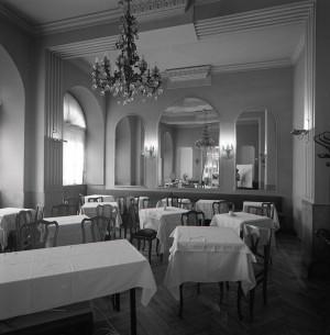 Platti Caffè Confetteria, nuovo saloncino, 1998 © Regione Piemonte