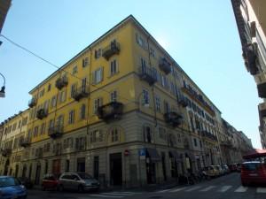 Edificio residenziale in via San Francesco da Paola 25