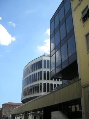 Palazzo della Camera di Commercio. Fotografia di Daniele Trivella, 2013