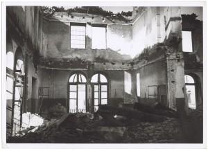 Via Filippo Juvarra n.19, Ospedale Oftalmico. Effetti prodotti dai bombardamenti dell'incursione aerea del 9 dicembre 1942. Lato Via Bertola. UPA 3085_9D03-44. © Archivio Storico della Città di Torino