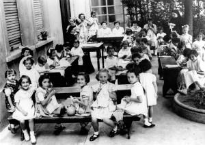 Laboratorio scuola di cucito nel 1954. © Archivio Suore Immacolatine