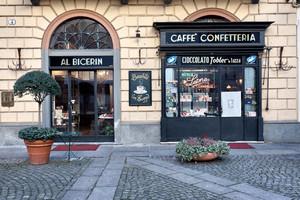 Lo storico Caffè Al Bicerin (1). Fotografia di Mattia Boero, 2010. © MuseoTorino.