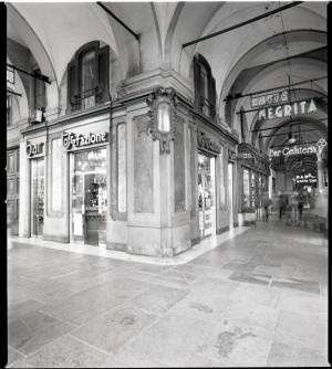 Caffè Negrita, esterno, 1998 © Regione Piemonte