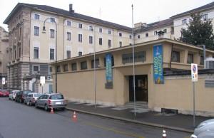 L'austero fabbricato del Museo Civico Pietro Micca, inaugurato nel 1961 dal Ministro della Difesa Giulio Andreotti. Fotografia di Fabrizio Zannoni, 2010